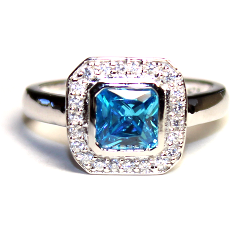 Princess Cut Aquamarine Promise Ring Front