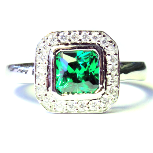 Princess Cut Emerald Green Promise Ring Front