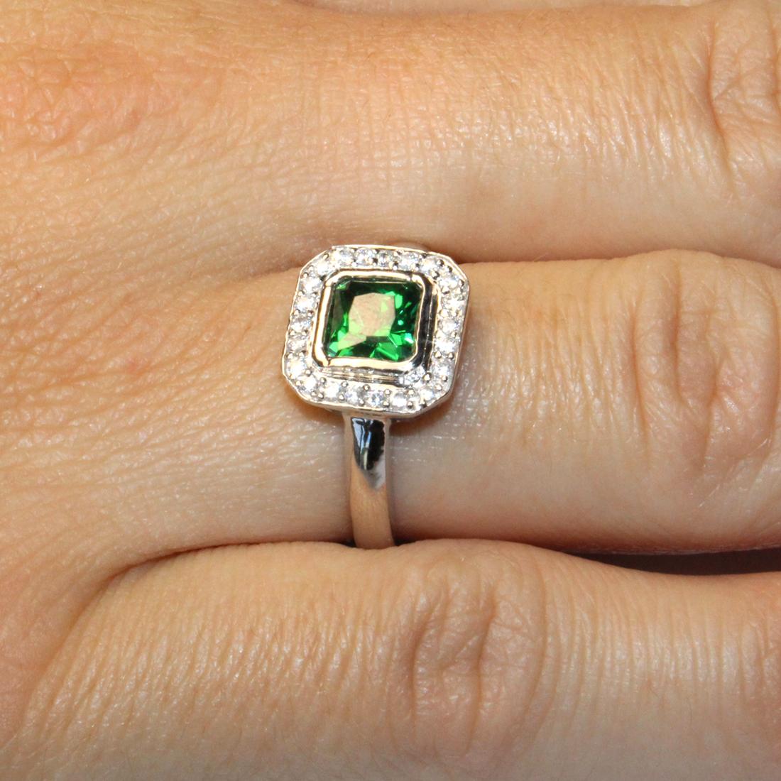 princess cut emerald green promise ring beautiful