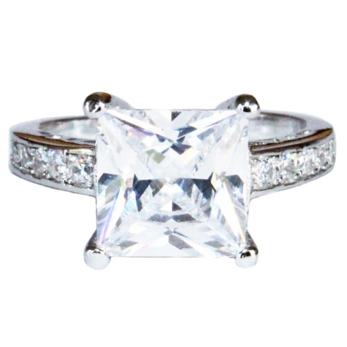 Princess Cut Diamond Promise Ring Front