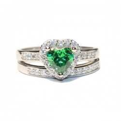 Emerald Heart Promise Ring Front