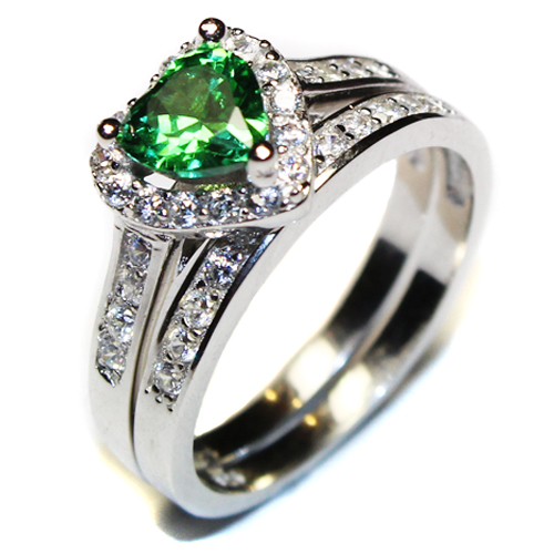 emerald heart promise ring with band green cubic