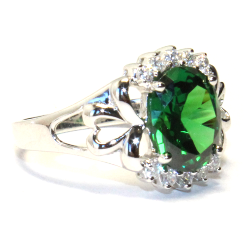 Emerald Green Promise Ring Side