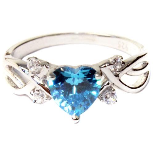 Aquamarine Heart Shaped Ring – Aqua Cubic Zirconia Front