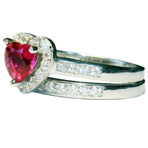 Ruby Heart Promise Ring – Red Cubic Zirconia